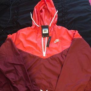 Nike cropped hooded windbreaker